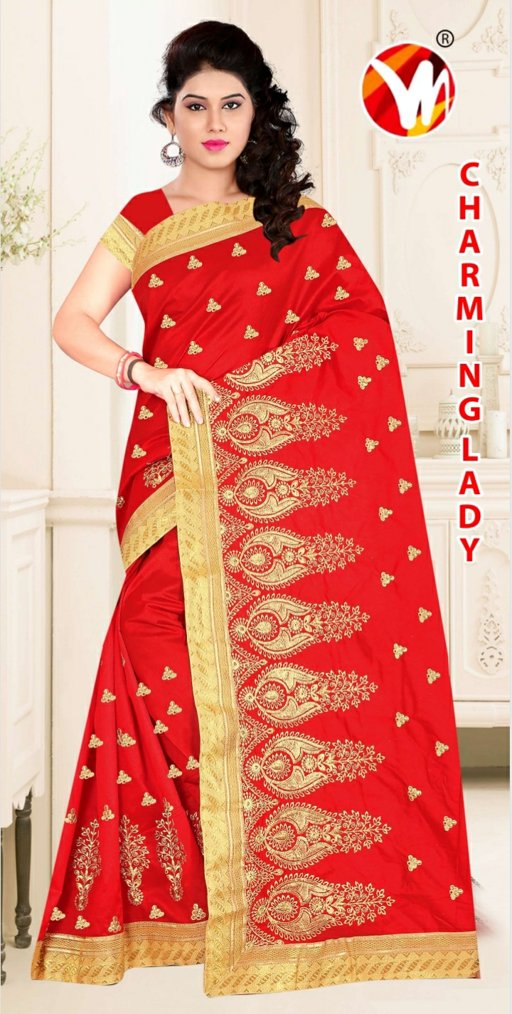 CHARMING-LADY-RED-SAREE